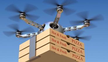 drone en pizza